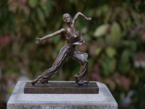 Beeld brons - Tuinbeeld - bronzen beeld - Dansende vrouw - Bronzartes - 24 cm hoog