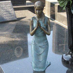 Beeld brons - grafdecoratie - Biddende vrouw - Bronzartes - 31 cm hoog