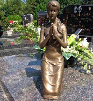 Grafdecoratie - bronzen beeld - Biddende vrouw - Bronzartes - 31 cm hoog