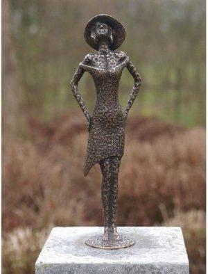 Beeld - Tuinbeeld - brons - Modern Vrouw Fashion - Bronzartes - 41 cm hoog