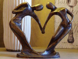 Tuinbeeld - bronzen beeld - Abstract danspaar klein model - Bronzartes - 24 cm hoog
