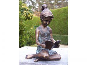 Tuinbeeld - bronzen beeld - Lezend meisje  - Bronzartes - 18 cm hoog