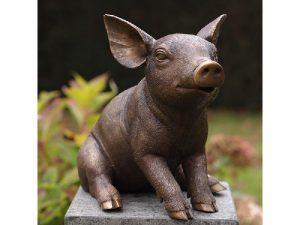Tuinbeeld - bronzen beeld - Zittend varken - Bronzartes - 29 cm hoog