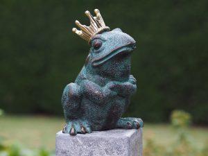 Tuinbeeld - bronzen beeld - Kikkerkoning - Bronzartes - 20 cm hoog