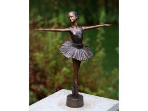 Tuinbeeld - klassiek bronzen beeld - Ballerina - Bronzartes - 32 cm hoog