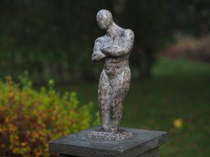 """Tuinbeeld - modern bronzen beeld - Sterke man """" Vincent"""" - Bronzartes - 36 cm hoog"""