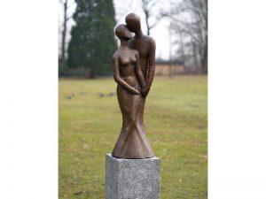 Tuinbeeld - bronzen beeld - Modern liefdespaar - 95 cm hoog