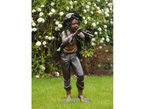 Tuinbeeld - bronzen beeld - Jongen met fluit    - 110 cm hoog