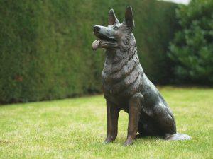 Tuinbeeld - bronzen beeld - Zittende hond - 75 cm hoog