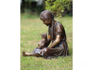Tuinbeeld - bronzen beeld - Meisje met poes - 62 cm hoog