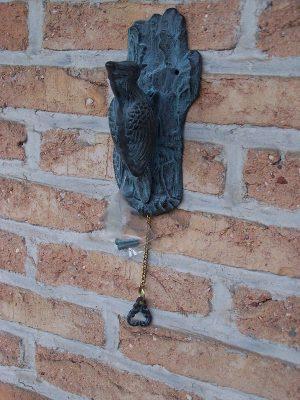 Beeld brons - tuinbeeld - Deurklopper specht - 30 cm hoog
