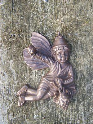 Beeld brons - tuinbeeld - Deurklopper fee - 15 cm hoog