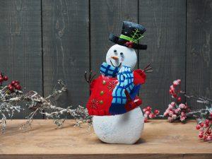 Metalen beeld - Kerst - Sneeuwpop - 32 cm hoog - rood